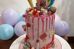 Sweets-Drip-Cake