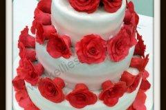 Laura_Wedding_cake__1450217802_57310